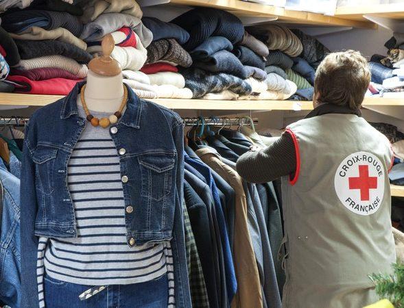 Appel aux dons de couvertures Croix Rouge