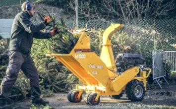 Opération broyage : une seconde vie pour les sapins de Noël