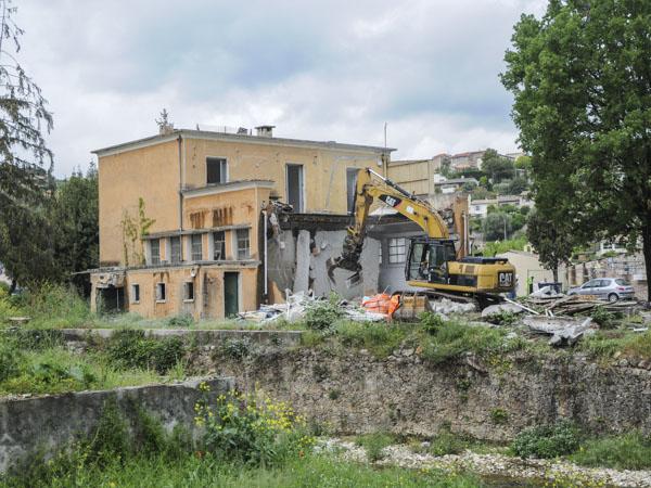 démolition usine Sage