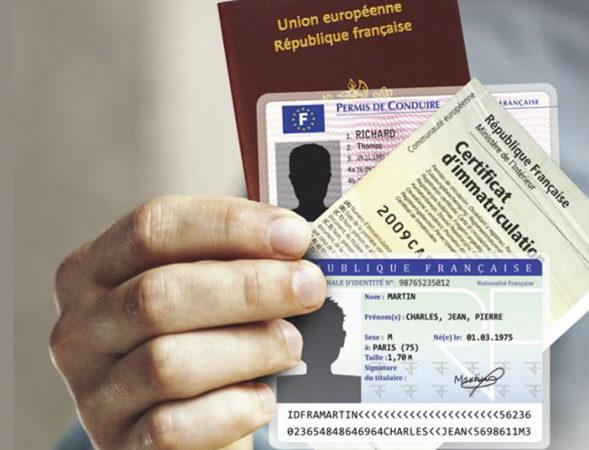 Vos démarches à portée de clics : cartes grises, permis de conduire, cartes d'identité, passeports