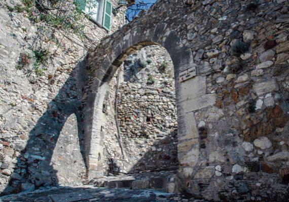patrimoine-porte des Tines